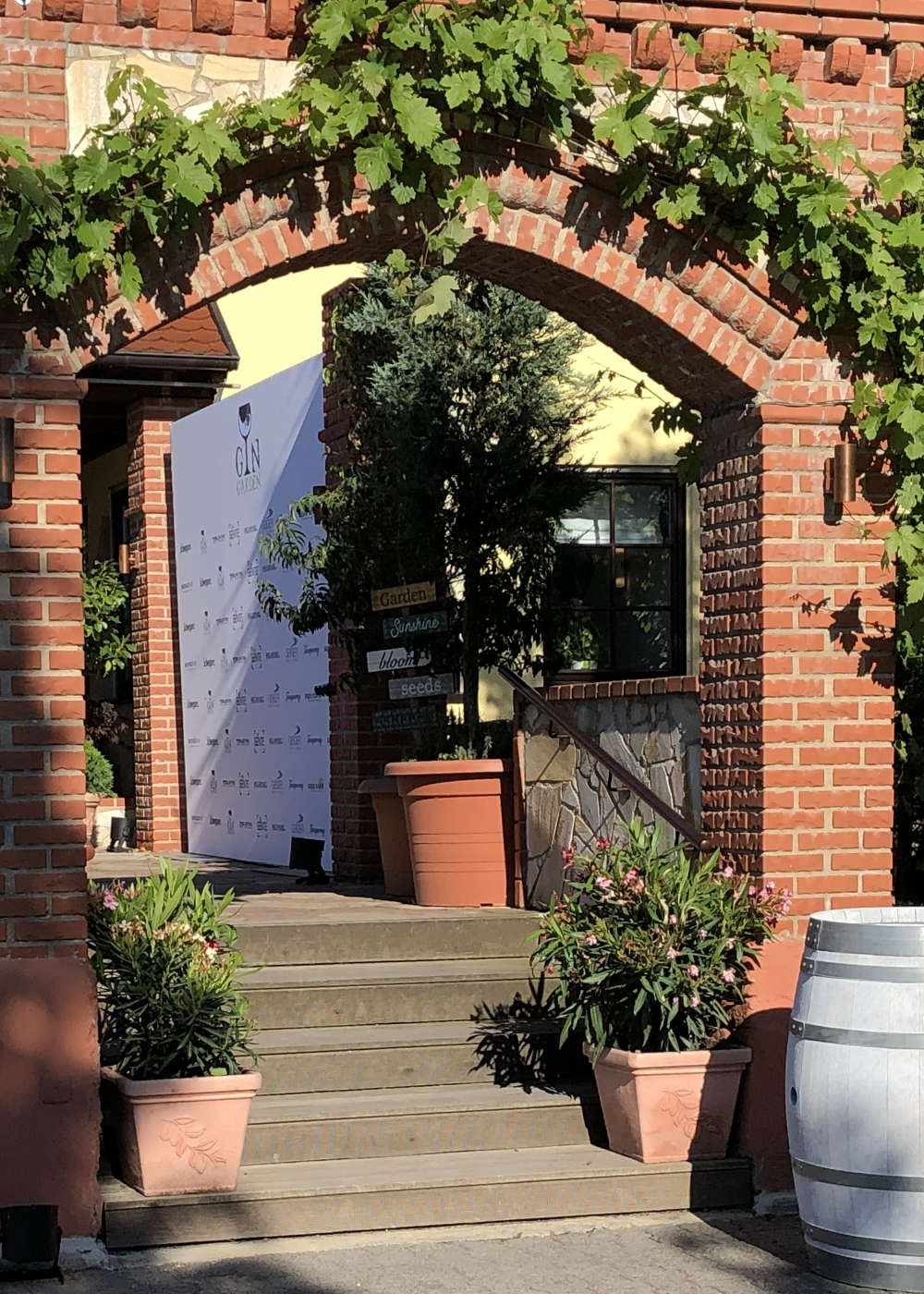 Aussen-Garten-Eingang